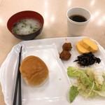 東横INN - 料理写真:2018年3月 控えめな朝食w