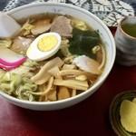 三吉食堂 - 料理写真:五目ラーメン 650円