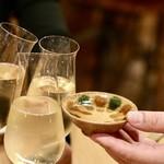 ヨネザワ - スパークリングと日本酒で乾杯♪