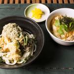 ボローニャ・吉虎 - 和風だし香る親子丼と贅沢四菜盛りうどんの定食