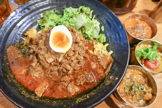 SPICY CURRY 魯珈 , ろかプレート