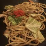 桑 - いか焼うどん ¥950