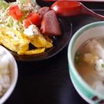 フクギ屋 - ゆし豆腐定食650円