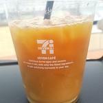 セブンイレブン - ドリンク写真:アイスコーヒーS100円 ダブルチョコクロワッサン100円