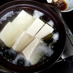笹乃雪 - 湯とうふ