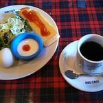 NINICAFE - コーヒー(400円)、モーニング(ジャムトースト)