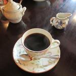 ジョルジュサンク - 魔のカフェ