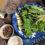 82895382 - 冬の地野菜と塩抜き茸