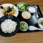 中国料理 杏花飯店 - 週替りランチ