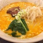 華龍飯店 神保町 - 角煮担々麺単品700円