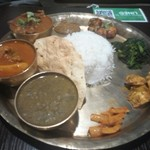 NEPALI CUISINE HUNGRY EYE Dine & Bar - タカリマスコダールを使用した、タカリカナセット
