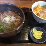 いっぷく茶屋 風和 - 料理写真:かけそばとミニカツ丼