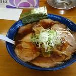 82906903 - 醤油チャーシュー麺。