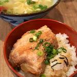 沖縄居酒屋 しぶるる - 麺飯定食(炙りソーキ丼) 850円