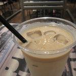 J.S. BURGERS CAFE - アイスカフェオレ