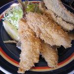 魚敬 - 東京湾の地鯵。
