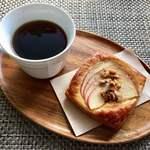 篠ノめ - 料理写真:りんごのデニッシュ 180円