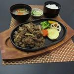 レストラン龍野 - 料理写真:兵庫県産牛鉄板焼肉膳