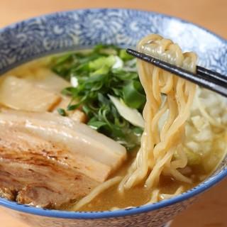 極潤白湯鶏そば