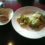 ピッツェリア ピノッキオ - 前菜とパン