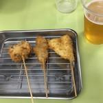 銀仁 - プラカップの生ビールと串カツ