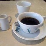 カフェテリア アルポルト - ホットコーヒー(2018.2)