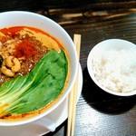 82924406 - 咖喱坦坦麺(カリーたんたんめん)とご飯(小)