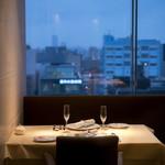 グランファミーユ・シェ松尾 - 夜景も楽しめる人気のプライベートテーブル
