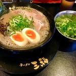豚骨ラーメン 三福 - 味玉ネギラーメン