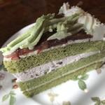 ティールーム高山 - 抹茶のケーキ