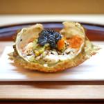 松川 - 料理写真:トゲクリ蟹とキャビア