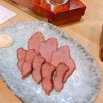 信州おさけ村 - 馬刺しの燻製  350円