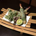 海鮮個室居酒屋 福治 - 海老しそ巻天・季節の野菜天