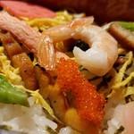 玉田屋旅館 - お祝いの具がたくさん「ちらし寿司」
