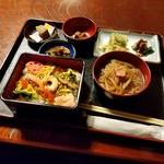 玉田屋旅館 - 料理写真:桃の節句の祝い膳「雛膳 (1200円)」