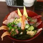 丼・すし まぐろや本舗 - 美ら海 海鮮丼