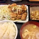 まんぷく食堂 - 油淋鶏定食600円