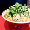 Ramenfuuraibou - 料理写真:スパ辛ラーメン・750円+パクチーハーフ・50円