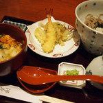 82954922 - 小さなこだわり玉子丼と天ぷらそばのセット(冷)