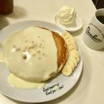 ハワイアンパンケーキハウス パニラニ - ナッツナッツパンケーキ バニラアイストッピング セットドリンクのホットコーヒー