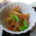 米常 - 小鉢 ウドのきんぴら
