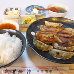 82957686 - 餃子定食Aセット