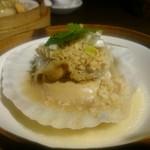 楽関記 - 殻付きホタテのガーリック蒸し(コース料理)