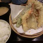 82958950 - 海鮮天ぷら定食 2016.10.02