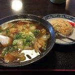 幸醤楼 - 料理写真:五目ラーメンとやきめし(小)