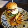 三六〇 - 料理写真:ハラペーニョチーズバーガーに、ベーコンとエッグとっぴで
