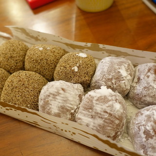 本家小嶋 - 料理写真:芥子餅&ニッキ