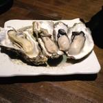 夜景のみえる 北海道原始焼き酒場ルンゴカーニバル - 厚岸産蒸牡蠣