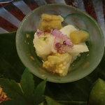 鶯啼庵 - 八寸・焼き茄子・長芋の山葵酢和え