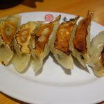 台湾料理 海鮮館  - 餃子